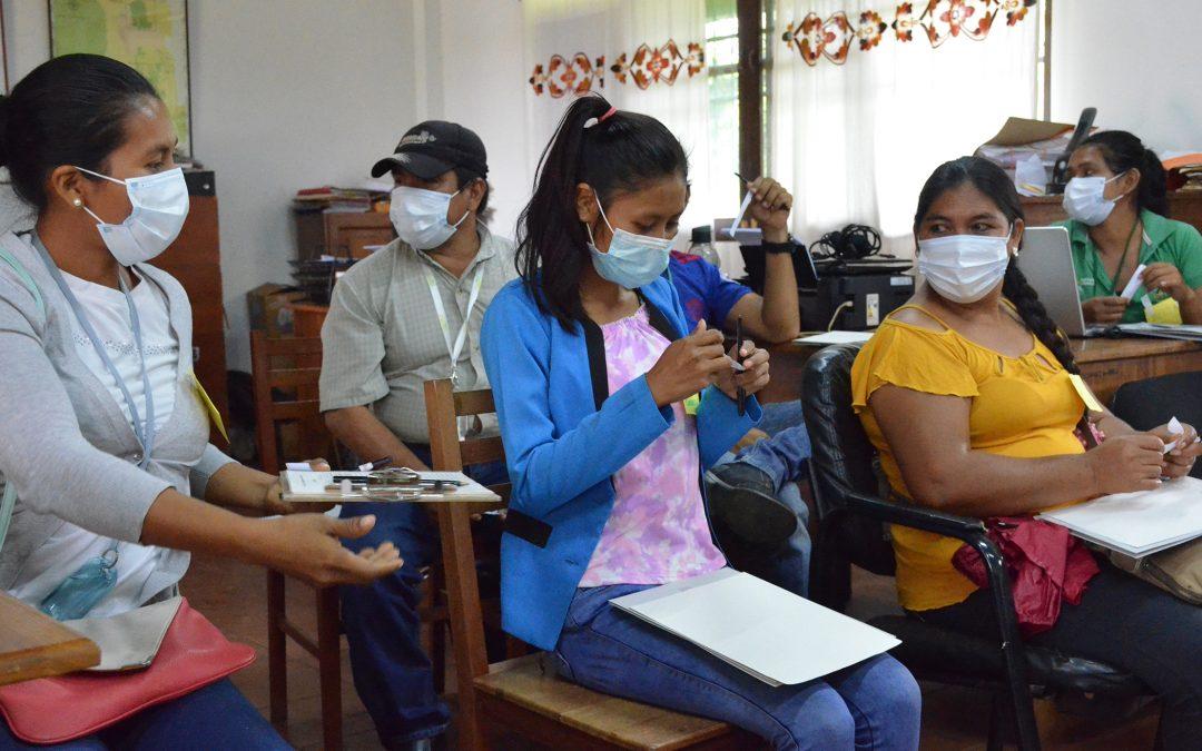 Habitantes de San Ignacio y San Rafael de Velasco fueron capacitados en temas de sensibilización social y ambiental, para promover el desarrollo sostenible y conservación de sus espacios naturales